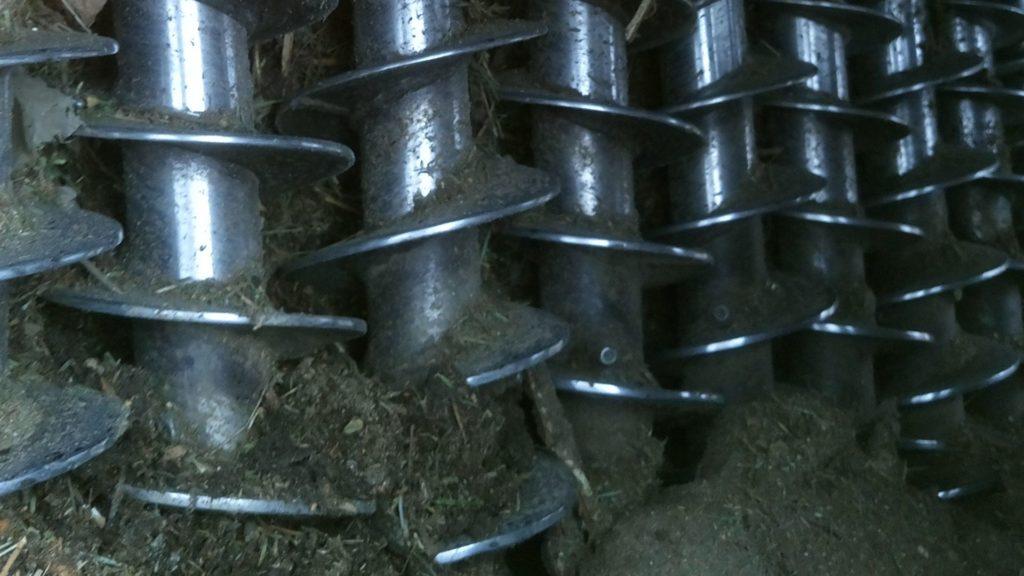 mielenie rozdrabnianie korzeni galezi krakow